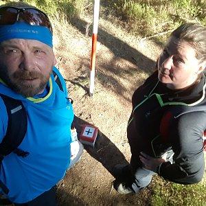 Martin a Jana Halamíčkovi na vrcholu Malý Polom (27.10.2019 12:56)