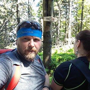 Martin a Jana Halamíčkovi na vrcholu Malý Polom (13.5.2018 14:12)