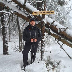 Jiří Gryz na vrcholu Malý Polom (24.1.2021 11:06)
