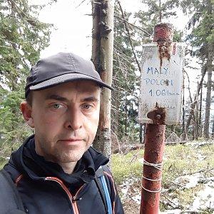 Pavel Skřičík na vrcholu Malý Polom (8.5.2019 11:40)