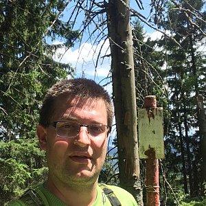 Radim Škrabánek na vrcholu Malý Polom (6.7.2019 11:38)