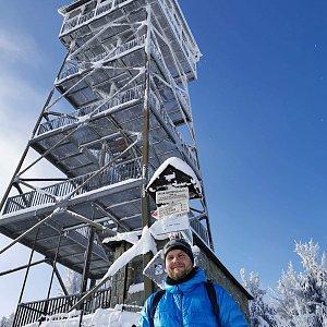 Tomáš Mucha na vrcholu Velká Čantoryje / Czantoria Wielka (17.1.2021 11:30)