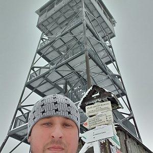 Igor Gluza na vrcholu Velká Čantoryje / Czantoria Wielka (30.1.2021)