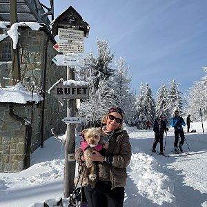Magda na vrcholu Velká Čantoryje / Czantoria Wielka (31.1.2021 11:15)