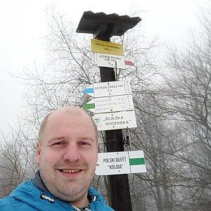 Petr Petrik na vrcholu Velká Čantoryje / Czantoria Wielka (3.2.2021 12:30)