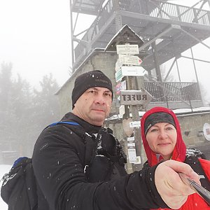 Dana + jirka na vrcholu Velká Čantoryje / Czantoria Wielka (24.1.2021 9:45)