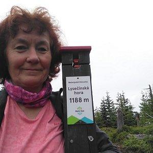 Anna na vrcholu Lysečina (11.7.2020 12:42)