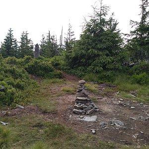 Eliška na vrcholu Lysečina (13.7.2021 19:30)