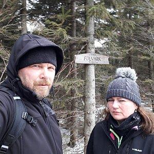 Martin a Jana Halamíčkovi na vrcholu Folvark (7.3.2020 11:31)