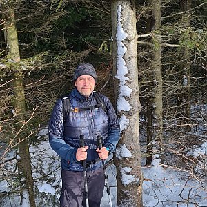 Jiří Gryz na vrcholu Folvark (2.1.2021 10:51)