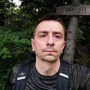 Jan Macháček na vrcholu Folvark (27.6.2021 6:04)