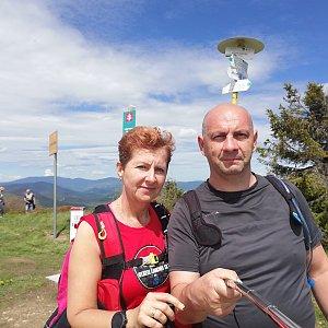 Dana + jirka na vrcholu Velká Rača (6.6.2020 14:08)