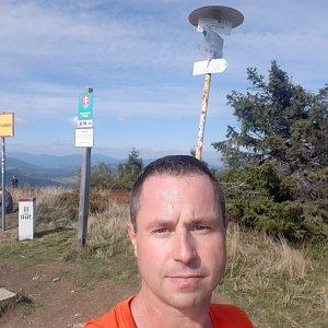 Patrik Valas na vrcholu Velká Rača (26.9.2021 12:45)