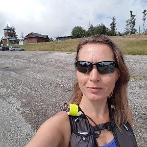 Marcela Kubíčková na vrcholu Čerchlaný Beskyd (17.8.2021 12:35)