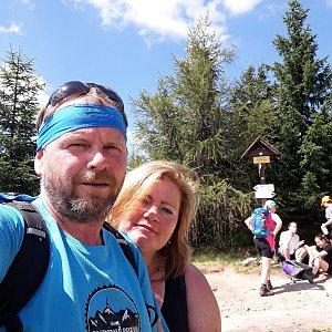 Martin a Jana Halamíčkovi na vrcholu Magurka Viślańska (1.8.2020 11:39)