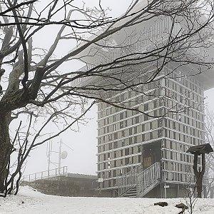 Stanislav Němeček na vrcholu Luž (22.2.2021 11:52)