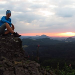 Iveta Válová na vrcholu Střední vrch (20.7.2021 21:08)