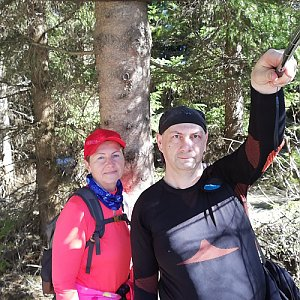 Dana + jirka na vrcholu Slavíč (10.4.2020 15:27)