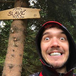 Vojtěch Horák na vrcholu Slavíč (29.9.2018 14:47)