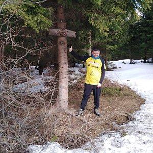 Ombre_Zamakejsi.cz na vrcholu Slavíč (4.4.2020 12:06)