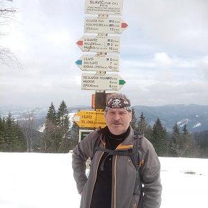 Lojza Žáček na vrcholu Slavíč (18.4.2021 18:29)