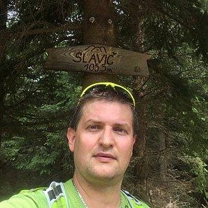 Radim Škrabánek na vrcholu Slavíč (16.7.2019 10:30)