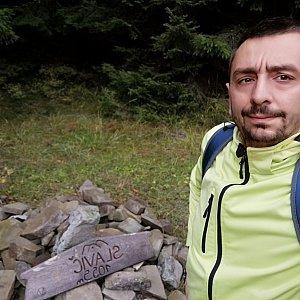 Jan Macháček na vrcholu Slavíč (16.10.2021 14:26)
