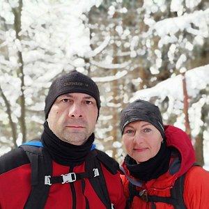 Dana + jirka na vrcholu Uhorská (22.2.2020 13:36)