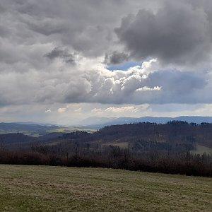 Milan Meravy na vrcholu Svinec (4.4.2021 11:05)