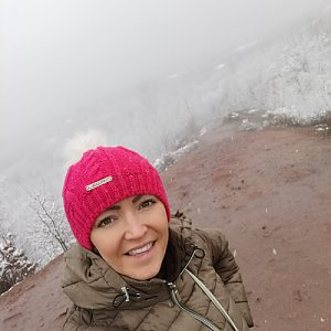 Michelle Sýkorová na vrcholu Halda Ema (5.3.2021 9:52)