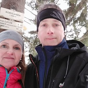 I+L Rajnochovi na vrcholu Kobylanka (9.2.2019 12:34)