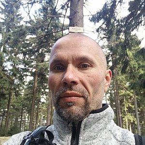 Pavel Krömer na vrcholu Kobylanka (2.5.2019 16:36)