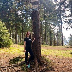 Nicole na vrcholu Kobylanka (18.5.2019 11:00)