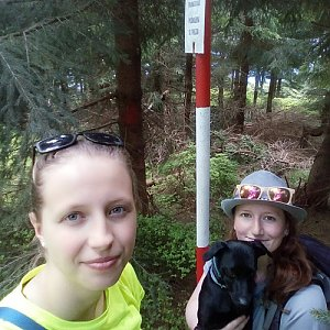 V+V Soklíci na vrcholu Kobylanka (2.6.2019 12:18)