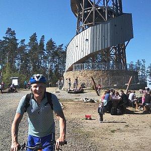 Jaroslav Hrabuška na vrcholu Velký Kosíř (21.4.2019 15:20)