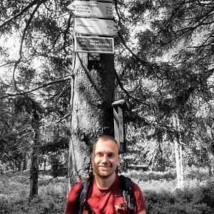 Tomáš Vaníček na vrcholu Smrk (24.7.2021 10:53)