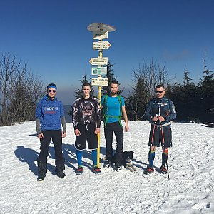 Jan Janiš na vrcholu Smrk (30.3.2018 9:40)