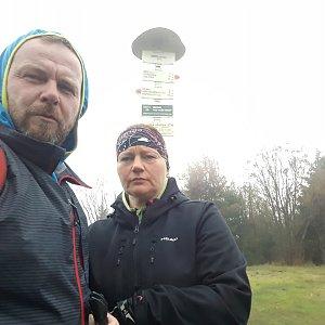 Martin a Jana Halamíčkovi na vrcholu Smrk (6.10.2019 12:12)