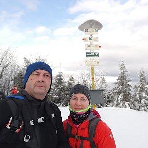 Dana + jirka na vrcholu Smrk (3.1.2021 10:35)