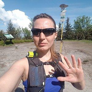 Marcela Kubíčková na vrcholu Smrk (11.6.2021 8:35)