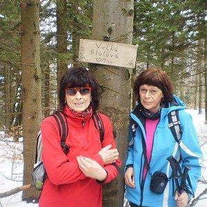 Vlasta a Zdena na vrcholu Velká Stolová (10.3.2018 22:24)