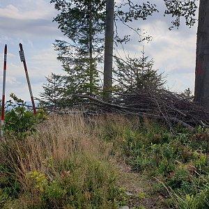 Petr Pepe Peloušek na vrcholu Stanovec (15.8.2021 9:31)