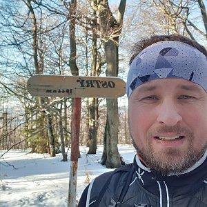 Igor Gluza na vrcholu Ostrý (12.1.2020 11:22)
