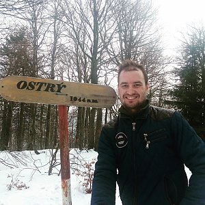 Bartek_na_cestach na vrcholu Ostrý (13.1.2020 12:25)