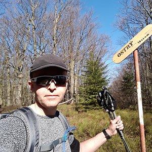 Pavel Skřičík na vrcholu Ostrý (19.4.2019 10:01)