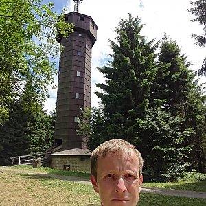 Lukáš Žídek na vrcholu Čarták (6.7.2019 13:34)