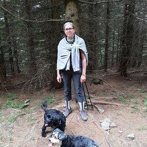 Blanka Holleschová na vrcholu Zmrzlý vrch (10.8.2019 11:39)