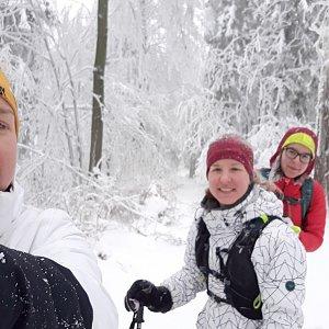 Hanka Ličková na vrcholu Zmrzlý vrch (28.12.2019 11:20)