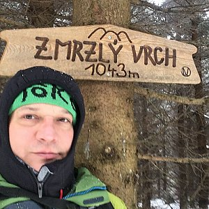 Pery na vrcholu Zmrzlý vrch (11.2.2019 12:11)
