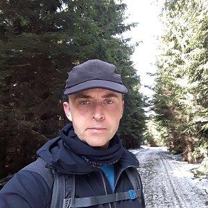 Pavel Skřičík na vrcholu Zmrzlý vrch (17.3.2019 12:31)